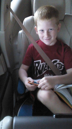 child with hemiplegia and karate -on-plane